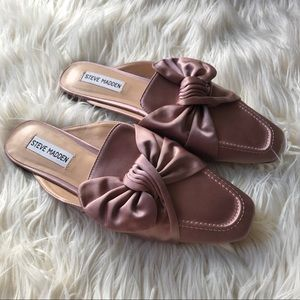 Steve Madden bow loafers